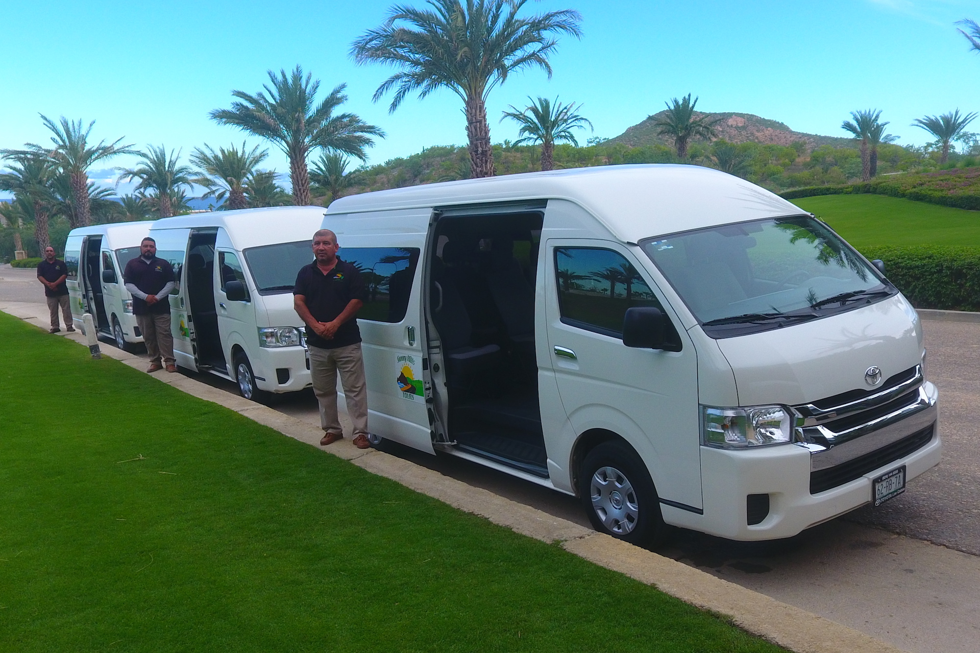 cheap transportation Cabo